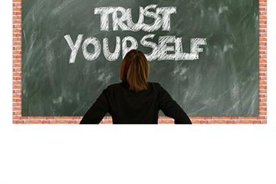 如何建立自尊自信